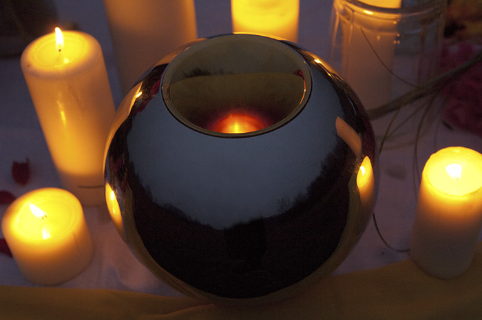 Sfera Urns, farewell ceremony candles