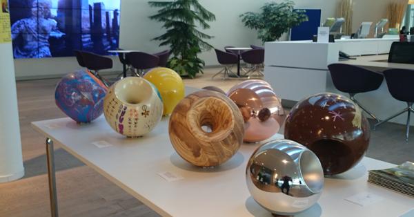 Urnen von Sfera bei Bestattung Wien